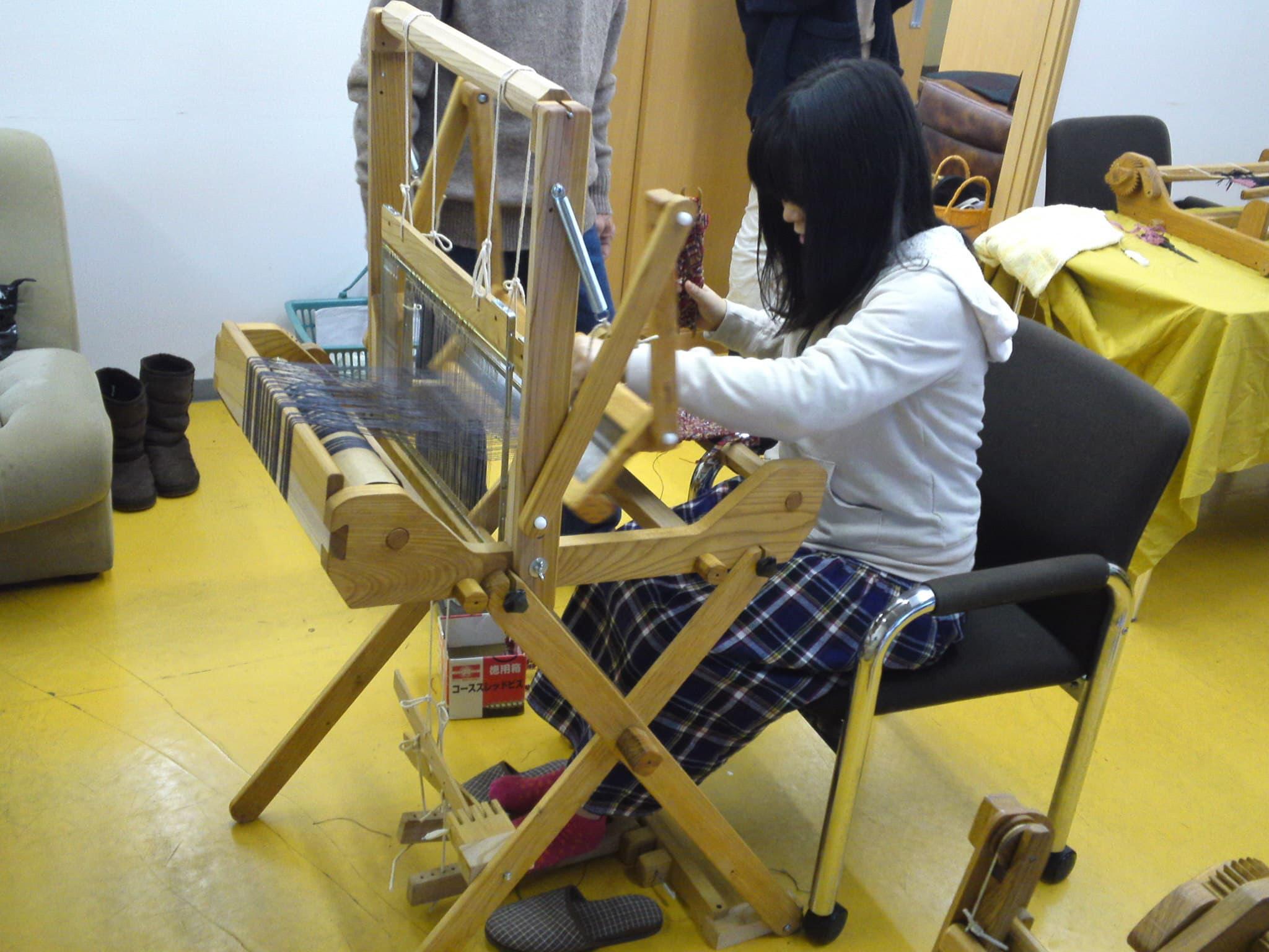 十日町 手しごと屋 素材道具作品展示販売+手織り教室