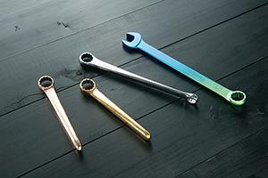 相場産業株式会社 競輪選手の方の要望で商品化した工具