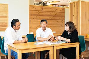 有限会社尖閣湾揚島観光 田村課長、佐藤代表、竹谷コーディネーター