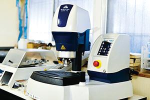 新潟メタリコン工業株式会社 試験設備