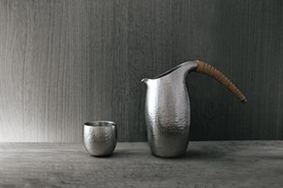純錫(じゅんすず)酒器 ぐい吞み13,200円、チロリ48,950円